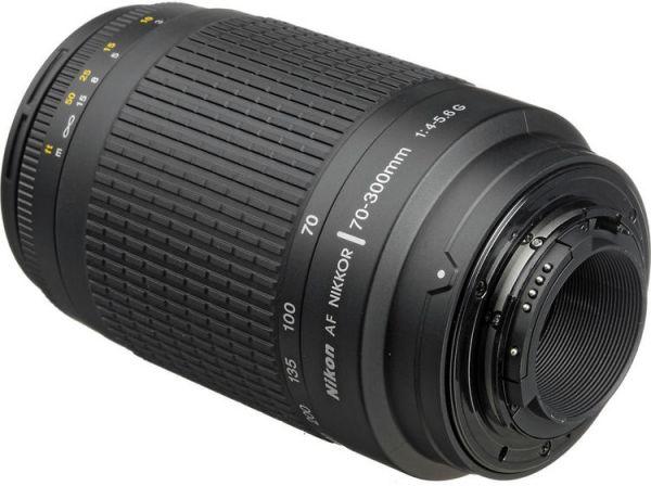 عدسة نيكور مخصصة لكاميرا نيكون دي اس ال ار من نيكون AF، عدسة مكبرة 70-300 ملم - f/4-5.6G